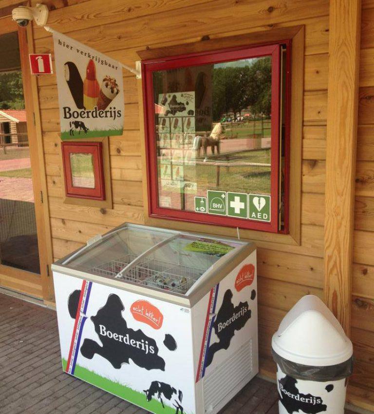 IJsverkoop - NME-Centrum en Kinderboerderij De Elzenhoek